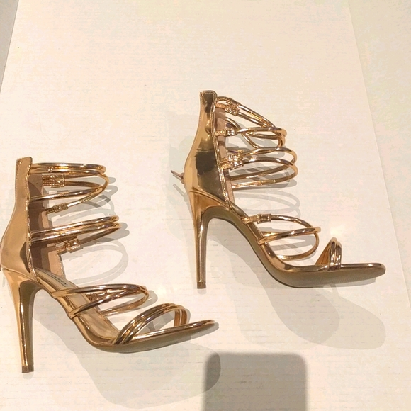 Beautiful strappy rose gold heels